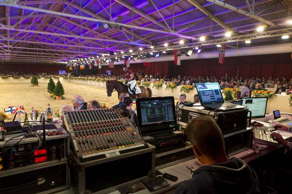 Veiling Dutch Sport Horse Sales 2014 © DigiShots